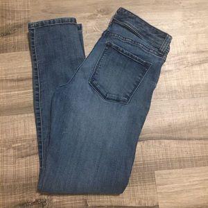 Banana Republic Limited Ed. Skinny jeans. Size 4